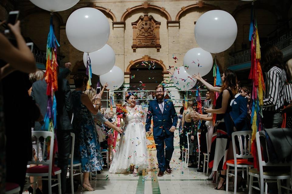 Bruiloft versieren met lint